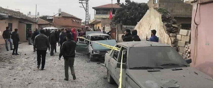 تنظيم B Y D يستهدف مدينة مدينة تركية بأربع قذائف صاروخية تسفر عن مقتل مدني وإصابة العشرات
