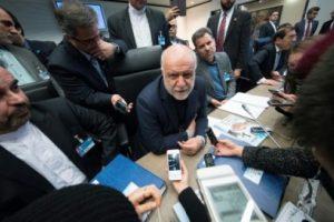 وزير النفط الإيراني يكشف عن ضغوط إقليمية ودولية تمارس على شركات النفط لعدم العمل في إيران