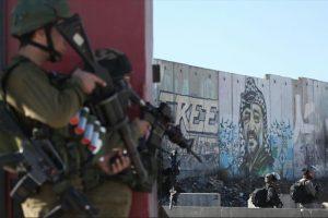 إصابة نحو 32 فلسطينيا في القدس والضفة الغربية خلال مواجهات مع جنود الاحتلال ومستوطنين