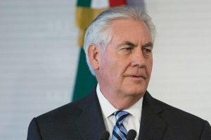 بي بي سي تكشف عن ضغوط إماراتية لإقالة وزير الخارجية الأمريكي بسبب موقفه الداعم لقطر