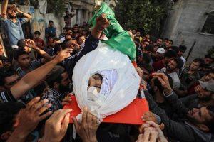 استشهاد شاب فلسطيني أصيب الجمعة الماضية برصاص الاحتلال في مسيرات العودة بخان يونس