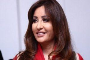 المغنية التونسية لطيفة تنشر صورتها في الحرم المكي وتقدم الشكر للعاهل السعودي وولي عهده