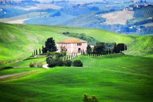 تفسير حلم التلال الخضراء في المنام