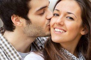 تفسير حلم قبلة الجار رغما