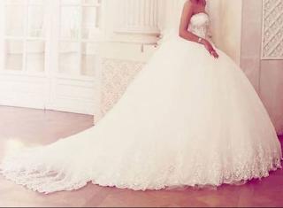 764aaaa6a32db تفسير حلم الفستان الأبيض في المنام – نسائم نيوز