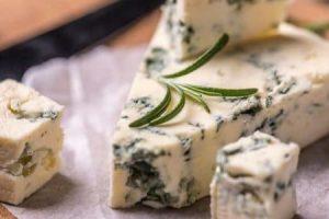 الجبنة الريكفورد وقيمتها الغذائية