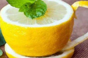 القيمة الغذائية لعصير الليمون وفوائده