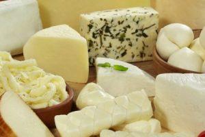 تفسير حلم رؤية الجبن في المنام