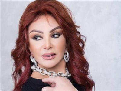 نبيلة عبيد: عمرو دياب كان ضيف دائم في أعياد ميلادي