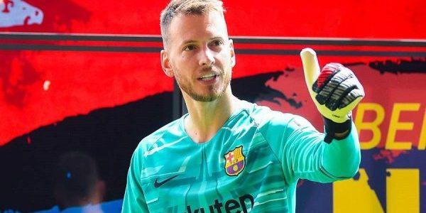 حارس برشلونة على رادار أرسنال بعد إصابة لينو
