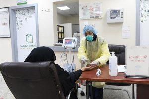 """الصحة:عيادات """"تطمن"""" ساهمت في علاج مصابي كورونا وتقليل مراجعة أقسام الطوارئ"""