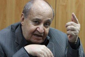 """وحيد حامد في رسالة غامضة: """"اللي مش عاجبه يسيب المهنة"""""""