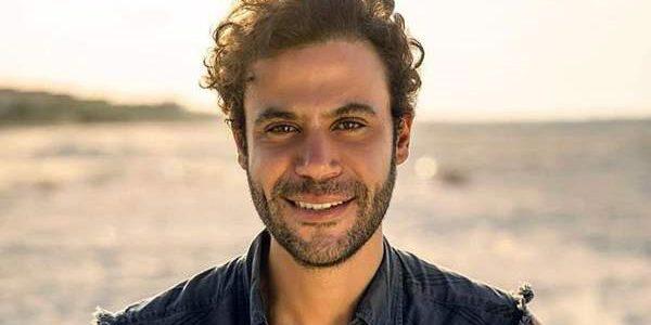 """بالصور.. محمد إمام يطرح بوسترات مسلسله الجديد """"الملك"""""""