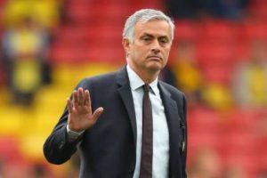 تقارير: مورينيو يخطط لخطف مدافع ريال مدريد