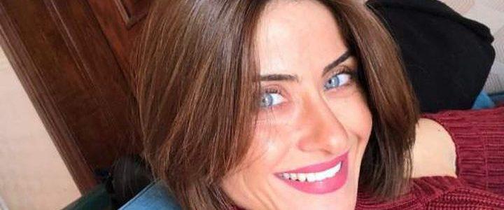 """هيدي كرم تنعي كلبتها المفضلة بكلمات مؤثرة: """"كنتي دايما مصدر فرحة"""""""