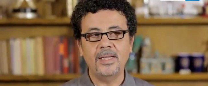 عمرو عرفة يحيي ذكرى والده بصورة مع رشدي أباظة ومريم فخر الدين