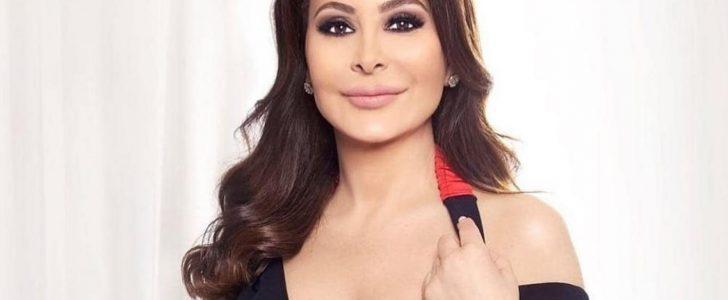 """إليسا تهاجم مسؤولي لبنان: """"سفهاء يشعرون بالنقص"""""""