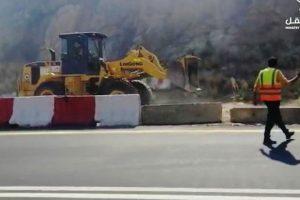 وزارة النقل تؤمن طريق أبها الطائف في عشر دقائق بسبب حريق تنومة