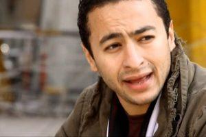 """بالفيديو.. حمادة هلال يبكي والدته بحرقة على الهواء: """"ارتاحت بعد موتها بسبب السرطان"""""""
