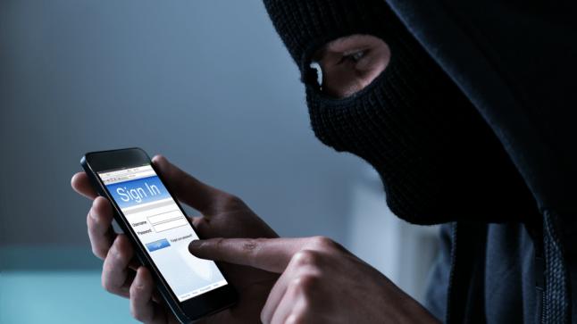 أهم الخطوات العملية التي تساعدك على حماية هاتفك من الاختراق؟