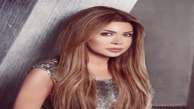 نوال الزغبي تدعم الشعب اللبناني بعد الأحداث الأخيرة