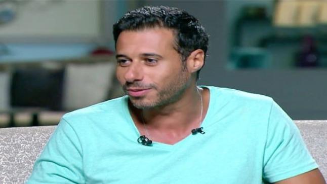 """أحمد السعدني يدعم مؤمن زكريا بسبب إصابته: """"ربنا يشفيك ياحبيبي"""""""