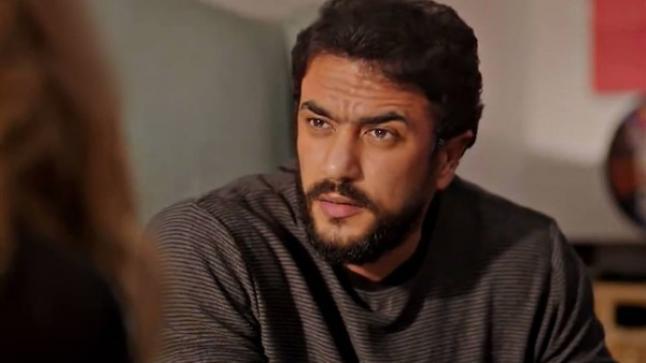 """أحمد العوضي: السوشيال ميديا أصبحت """"مولد"""""""