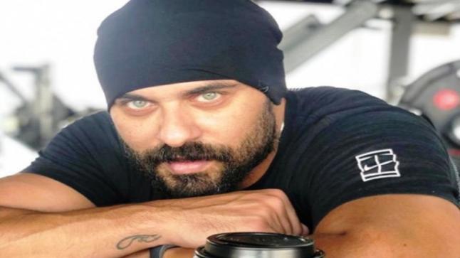 أحمد صلاح حسني يكشف حقيقة إصابة أمير كرارة بفيروس كورونا