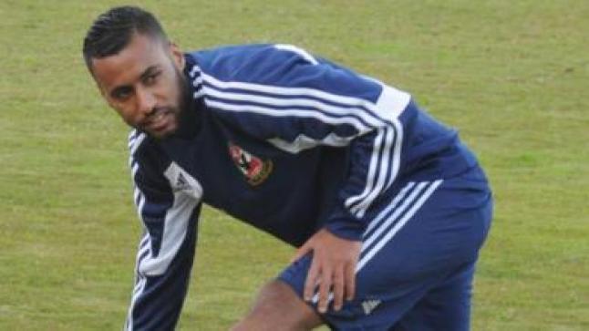 عودة لاعب وسط فريق الأهلي المصري حسام عاشور إلى التدريبات