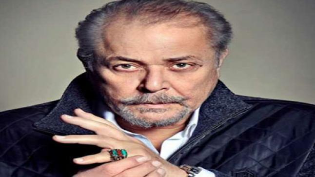 محمود عبد العزيز يتعلاج في أحد مشافي القاهرة وسط دعوات من الوسط الفني