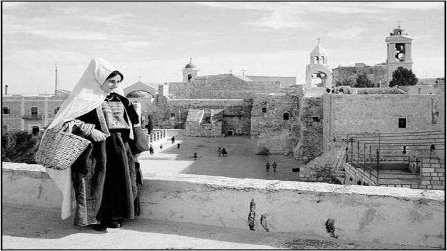 """كريمة عبود المصورة الأولى من أرض فلسطين ، سيرة ذاتية عن الراحلة """"كريمة عبود"""" كاملة"""