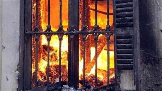 فلسطينيون يتهمون مستوطنين بحرق منزل في قرية دوما
