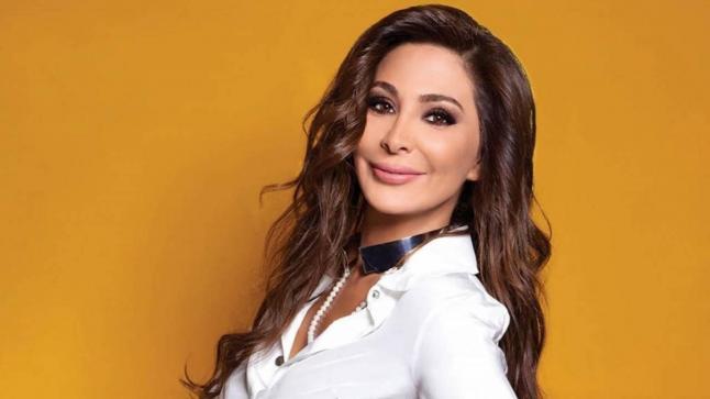 """إليسا تهنئ جمهورها بالمولد النبوي: """"أتمنى أن يحمل السعادة والصحة والأمان لكل العرب"""""""