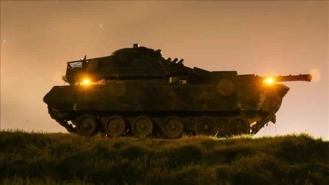 القوات البرية التركية تدخل الأراضي السورية ضمن عملية غصن الزيتون العسكرية في مدينة عفرين