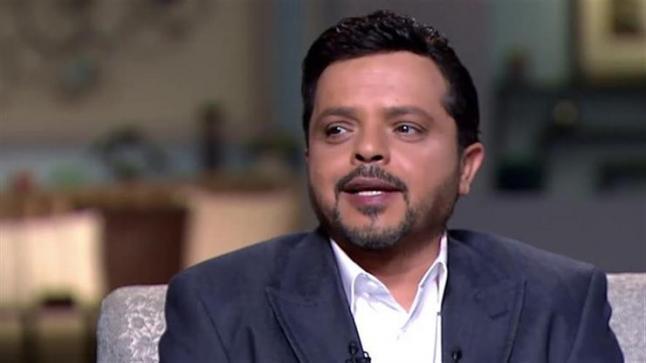 محمد هنيدي يستغل نجاح مسلسل 100 وش في فيلمه الجديد