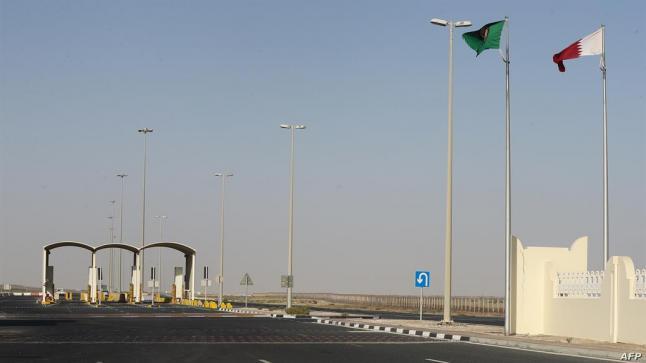 وزير الخارجية الكويتي: فتح الأجواء والحدود بين السعودية وقطر اعتباراً من مساء اليوم
