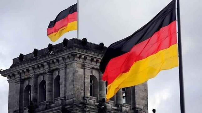 وزير خارجية ألمانيا يشك في إمكانية مساهمة توزيد أوكرانيا بالأسلحة الأمريكية في حل الأزمة الأوكرانية