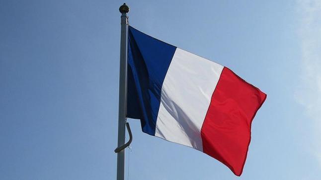 باريس تستضيف مؤتمرا دوليا حول ليبيا بحضور أطراف الصراع الليبي ومشاركة من الدول المعنية