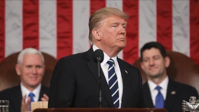 ترامب يلوح بورقة المهاجرين الصغار لمواجهة رفض الديمقراطيين تمويل الجدار الحدودي مع المكسيك