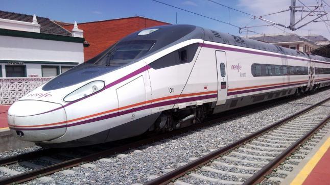 غرائب : سائق في أسبانيا يعود لبيته ويترك عشرات الركاب في القطار