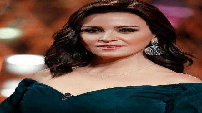ريهام عبدالغفور تكشف حقيقة غيابها عن مهرجان الجونة
