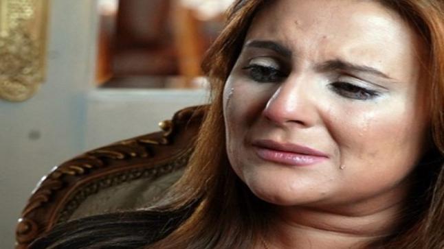 """رانيا محمود ياسين: بابا كان بيدلعني ..""""خلاني أمشي كلامي على البيت وأنا عندي 8 سنين"""""""